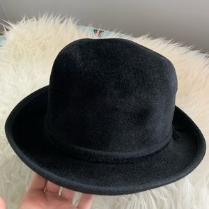 Accessories - 100% Rabbit Hair Vintage Black Hat